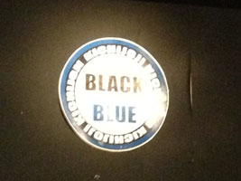 20121230 BLACK and BLUE